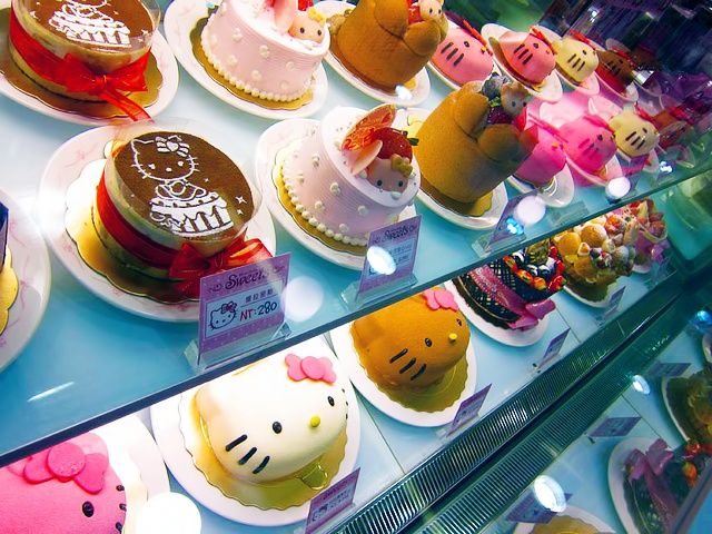 WOW Hello Kitty Cafe in Seoul