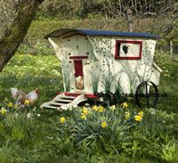 WANT!!! Gypsy Hen House