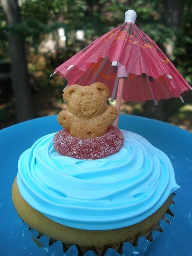 pool party cupcakes parties-and-entertaining-general-kid-ideas
