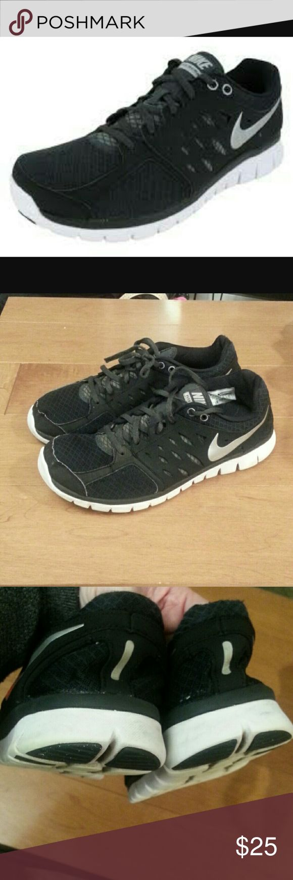 Nike Flex Men's Cross Training Shoes Gently used condition. Size 11.5 Nike Shoes Athletic Shoes