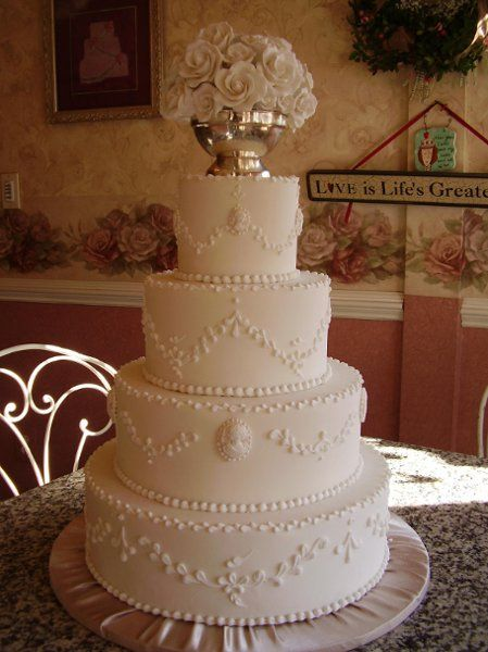 cameo wedding cakes 46 best images about catonsville on 12331