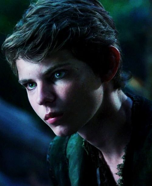 peter pan once upon a time | Peter Pan i dont know why i like this character so much hes evil!
