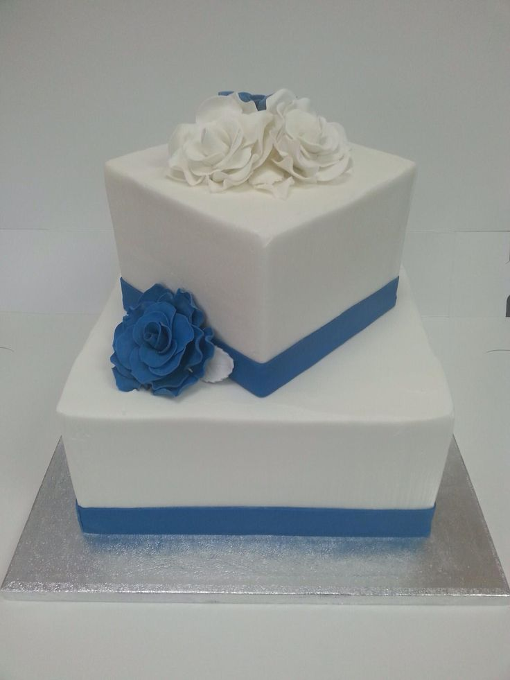 White And Blue Fondant Roses On A Two Tier Square Wedding