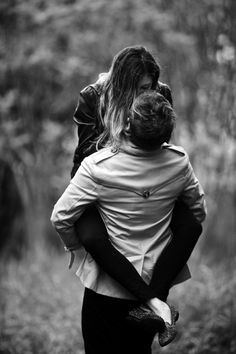 Types of Hugs From a Man (And Their Meaning) | herinterest.com