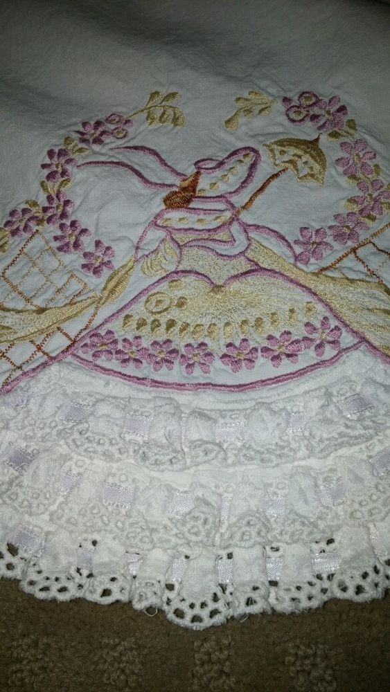 Vtg Sheet & Pillowcase Set SOUTHERN BELLE Purple and yellow Embroidered, Lace
