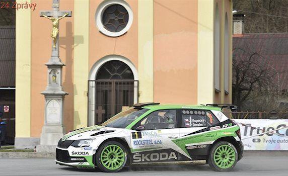 Na Valašsku začala rallyová sezona, z vítězství se raduje Kopecký