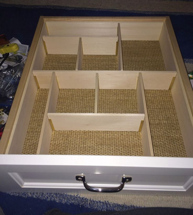 """The Impatient Gardener: Custom junk corralling = DIY drawer dividers, using metal barbed channels and 1/4"""" (balsa) wood partitions"""