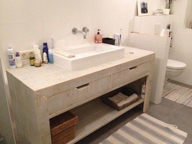 Badkamer meubel van steigerhout / white wash