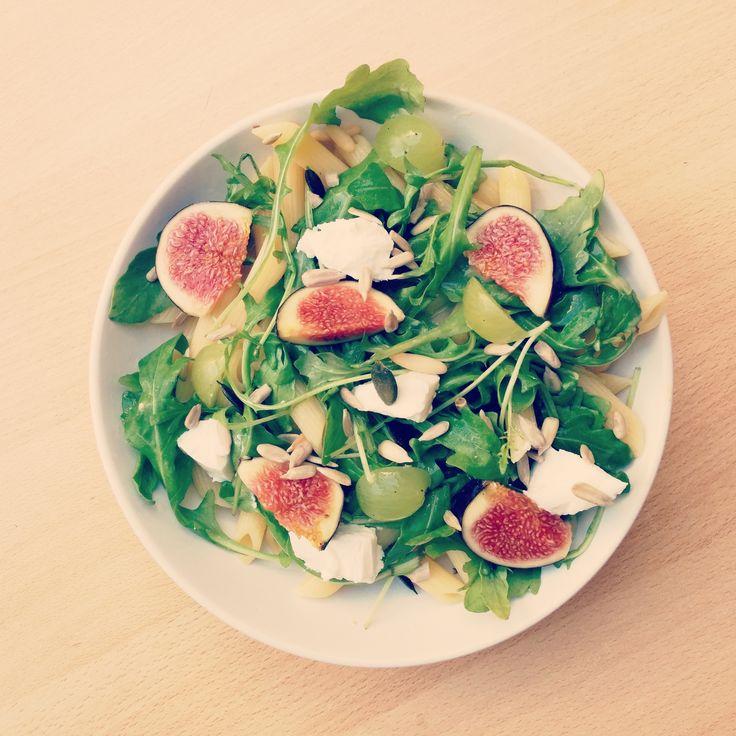 Salade de pâtes x figues ! >>http://www.pandappetit.fr/recettes/Saladedepatesfigues.html