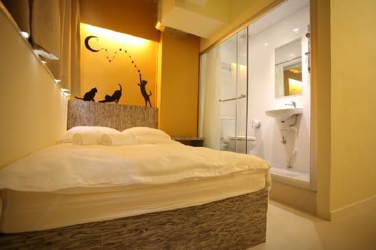InnSight -  Jordon InnSight Hostel offers spacious rooms equipped with a TV and a hair dryer.