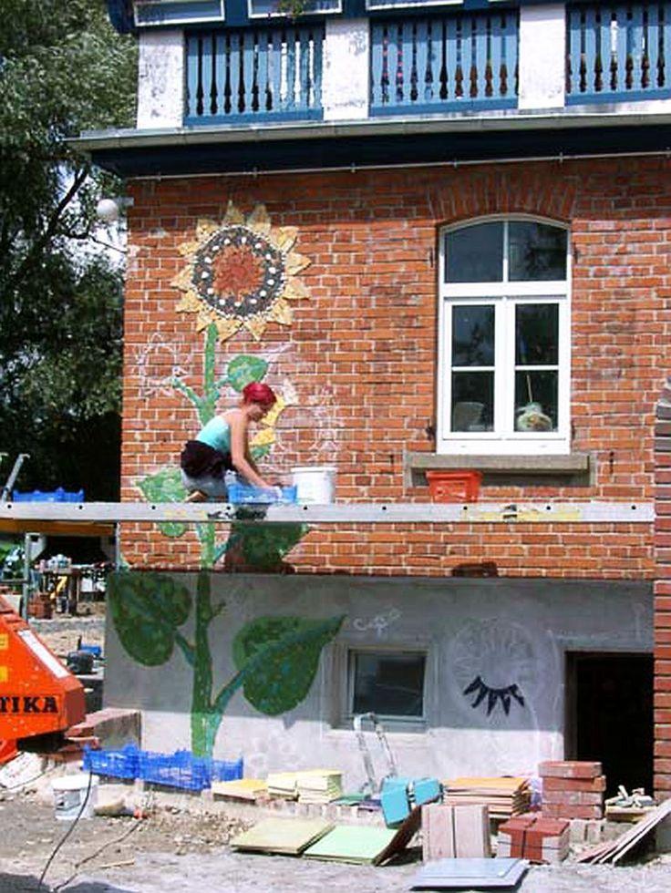 adelaparvu.com despre casa colorata, gard cu forma de creioane, interioare colorate, idei creative acasa, designer Bine Braendle (48)