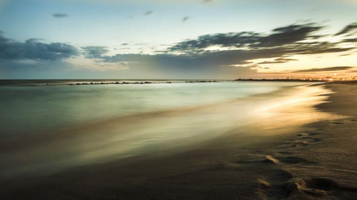 Seascapes High Exposure Ostia Lido http://ift.tt/2bhah5M http://ift.tt/2aUr3JO http://ift.tt/2aSDkLq #nature #photography #wildlifephotography