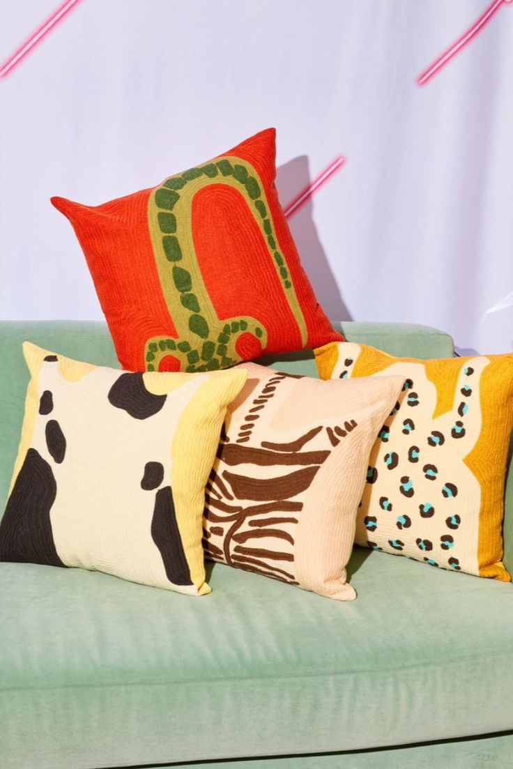 Lower East Side, Ancient Harvest, Corporate Fashion, Table Vintage, Chain Stitch, Custom Pillows, Handmade Pillows, Cool Gadgets, Cushion Covers
