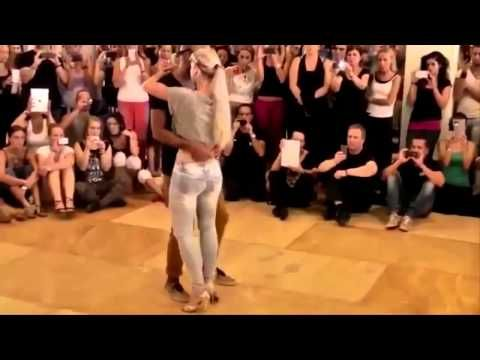 BAILE DE BACHATA HOT - YouTube
