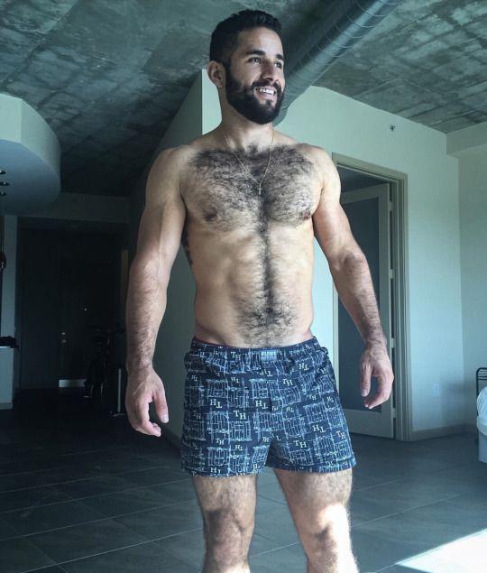 Man Beard, Muscle Boy, Bear Men, Bear Cubs, Beard Styles, Daddy Issues, Luz  Natural, Shakeology, Manish