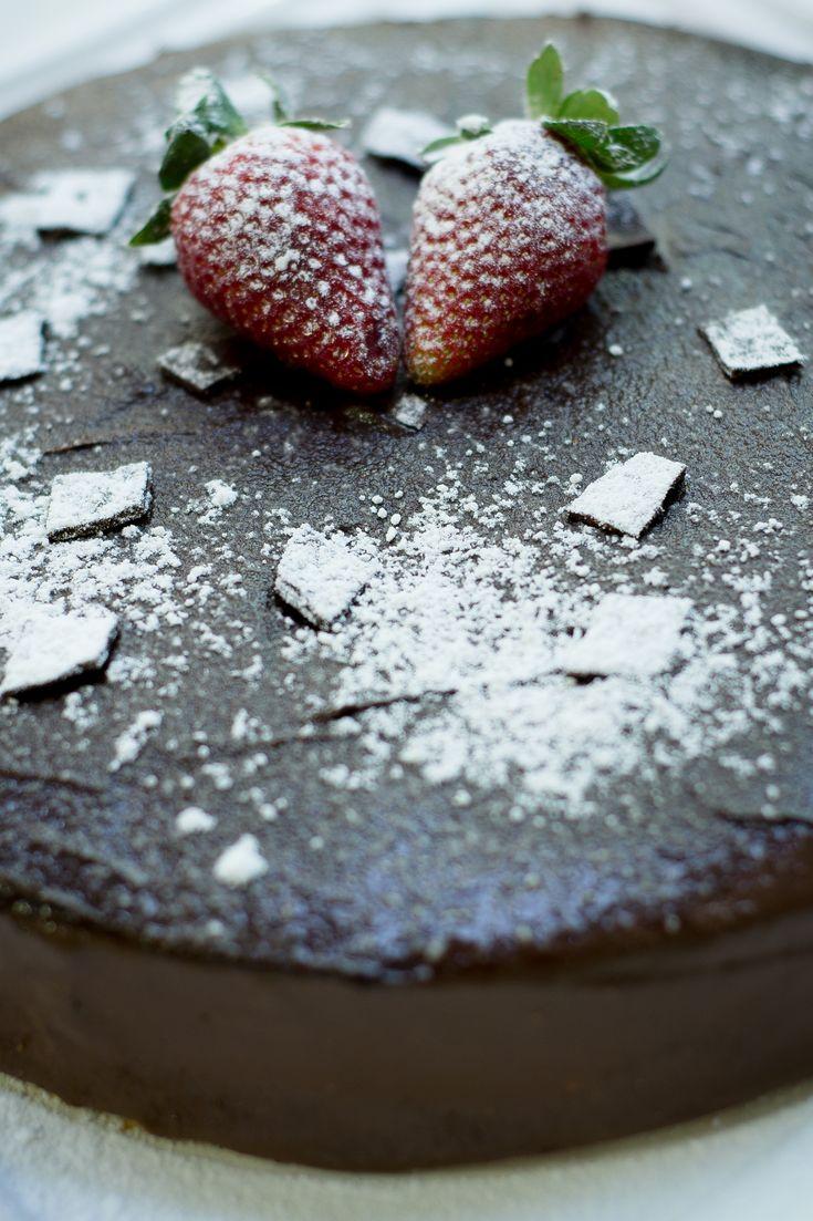 48 best 38 deliciosos pasteles de CHOCOLATE images on Pinterest ...