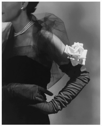 ElegantHorst Phorst, October 1950, Fashion Details, 1950 Posters, Vintage Fashion, Gloves, 1950 S, Fashion Photography1950, 1950S Fashion