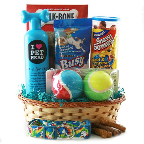 Best 25+ Dog gift baskets ideas on Pinterest | Dog gifts, Small ...