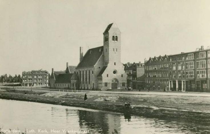 Evangelisch-Lutherse Andreaskerk aan de Heer Vrankestraat bij de Gordelweg. 1950.