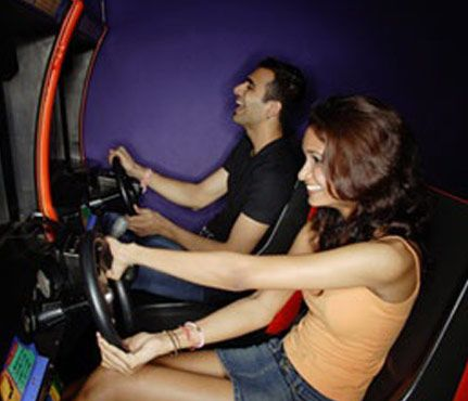 Dates You'll Both Love: Arcade Night. Ready to get all Ms. Pac Man-y on this date? He'll appreciate that you don't mind gaming, and you can show your Skee ball skills. Go to a higher end game venue like Dave & Buster's, or go on the cheap to a small arcade and get rid of all that change weighing down your purse. #SelfMagazine