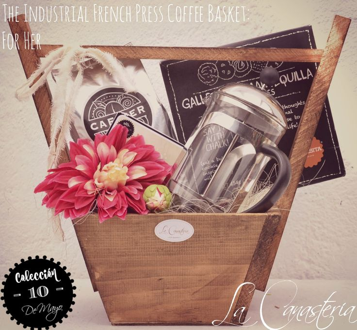 The Industrial French Press Coffee Basket: For Her es una fina canasta de regalo para mujer amante del café que diseñamos con un feeling vibrante y alegre para un regalo súper original para el día …