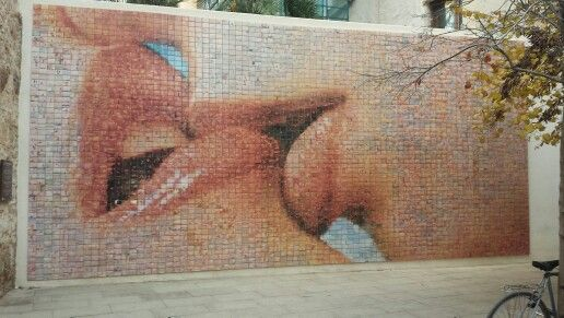 The power of a kiss