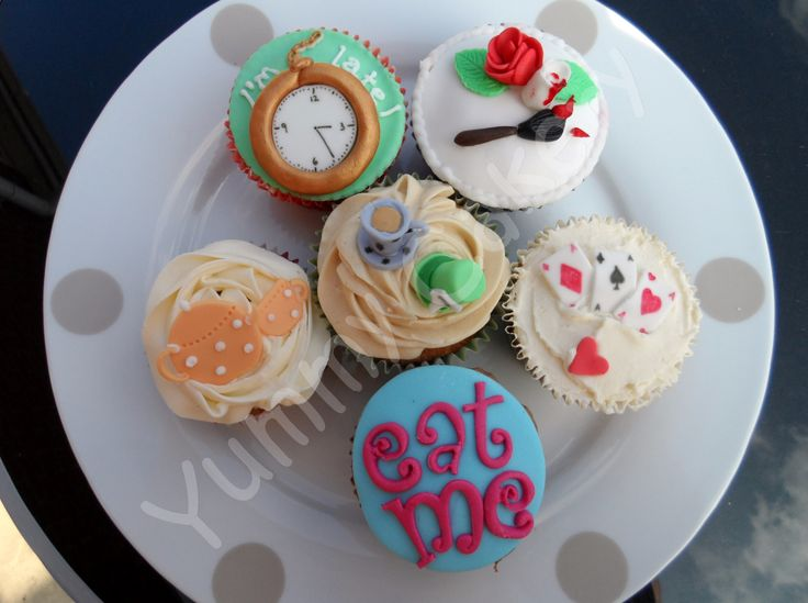 """Alice in Wonderland"" themed cupcakes"