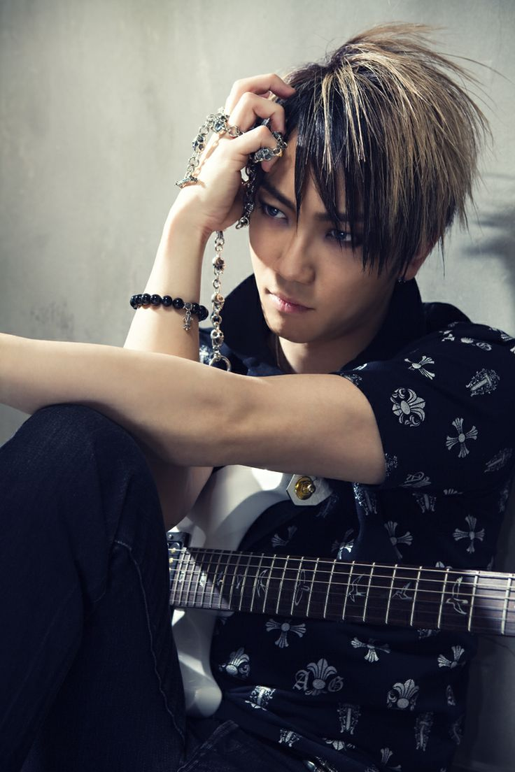 Takumi Samejima, he plays the guitar with Sugizo and Gackt