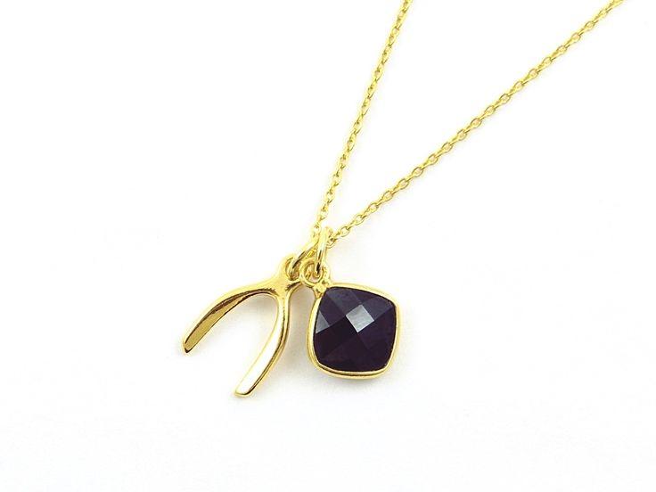 Pozłacany naszyjnik WISHBON onyks. Gilded necklace wishbone with onyx: http://www.tanat.eu/naszyjniki/1810-pz-naszyjnik-wishbon-onyks.html