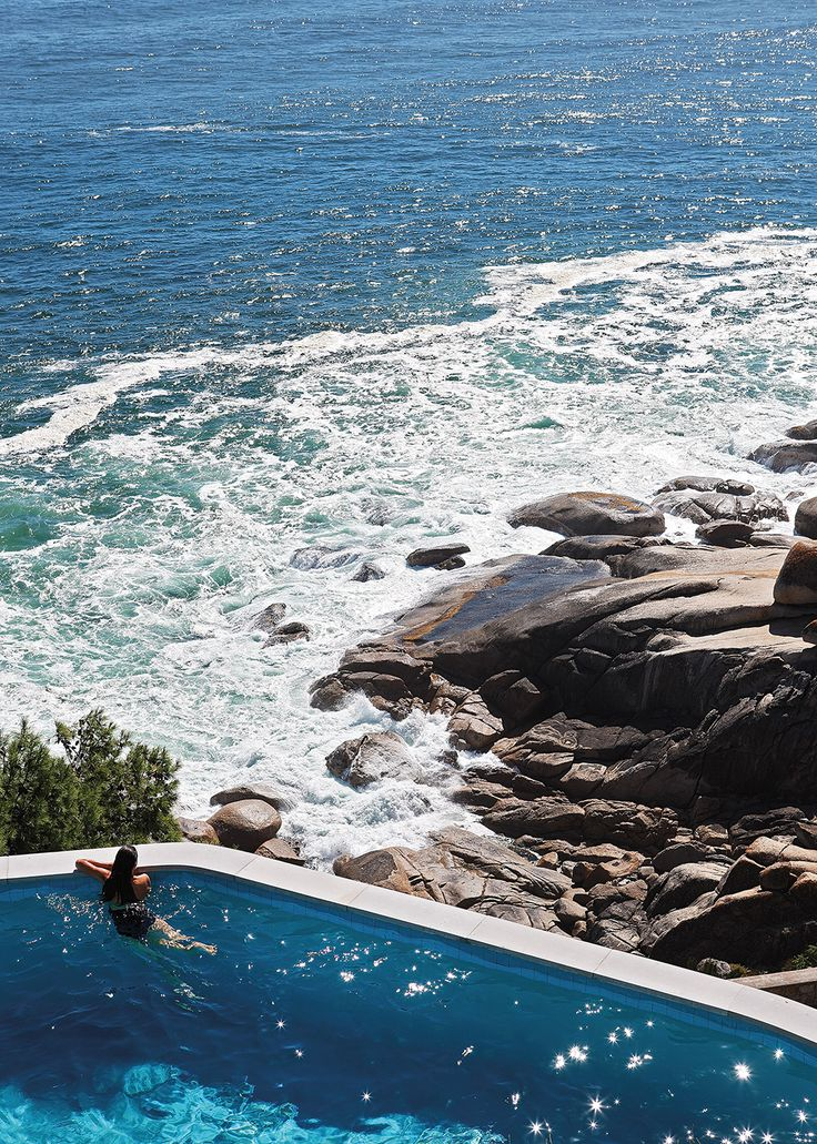 #perfecthideaways #escapetheordinary #icariahouse #bantrybay #summerliving #surreal