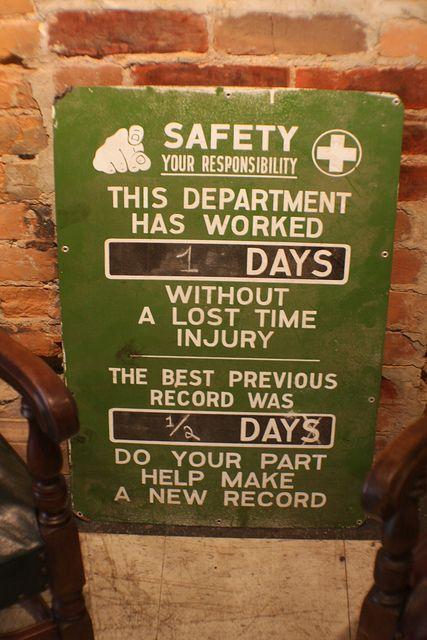 Safety Sign Smash Salvage