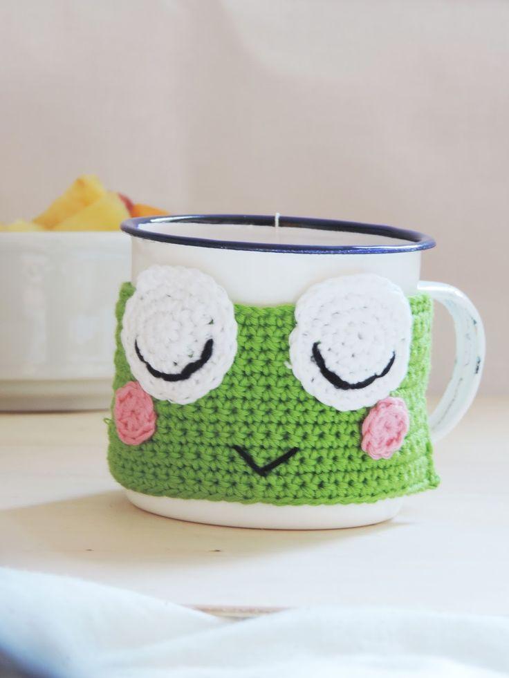 ganchillo rápido, mug cozy, ranita de amigurumi, frog mug cozy, punto raso, punto de cadeneta, ganchillo en 30 minutos