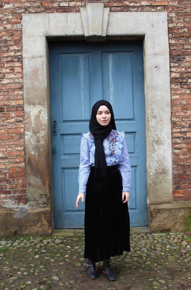 Vintagonista vintage: 2016 trends, vintage hijab style, black velvet skirt, embroidered ruffled blouse, victorian inspired, vintage inspired, zara, modest style, vintage style