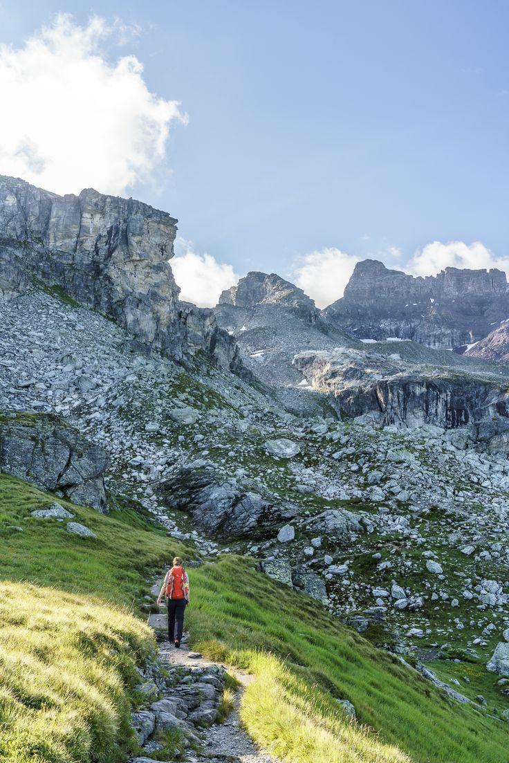 Hiking the Kärpf Trek