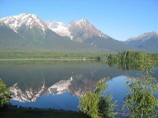 Spectacular Lake Front Log Cabin in Bulkley Valley Smithers: 2 BR Vacation House for Rent in Kitimat , British Columbia | HomeAway.ca