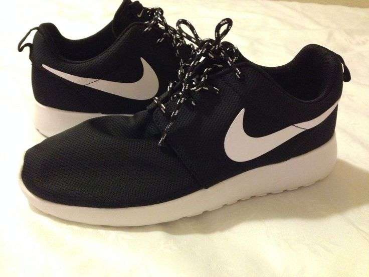 Black and white Nike roshe runs | W I S H L I S T | Pinterest,WCWLNXZ53,