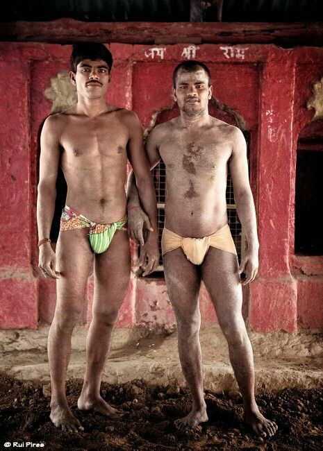 India Kushti figthers by Rui Pires