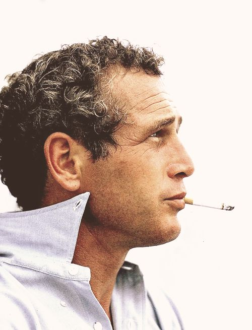 Paul Newman.  Good looking to the end.  What a difference between he and Mick.