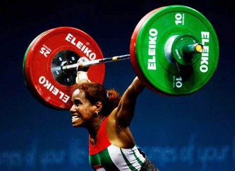 Tanah Papua adalah salah satu dari provinsi di Indonesia penghasil atlet-atlet berbakat. Lisa Rumbewas salah satunya. Atlet angkat besi wanita kelahiran 10 September 1980 ini adalah atlet angkat besi yang telah mengharumkan nama Indonesia di ajang olahraga tingkat nasional maupun internasional. Dari mulai meraih medali perak di Olimpiade tahun 2000 dan 2004, ajang Sea Games sampai kejuaraan dunia angkat besi sudah pernah dicicipi oleh putri dari atlet binaraga legendaris papua, Levi…