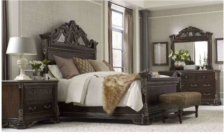 https://www.houzz.com/photos/95976973/ART-Furniture-Gables-Estate-Bed-Queen-victorian-panel-beds