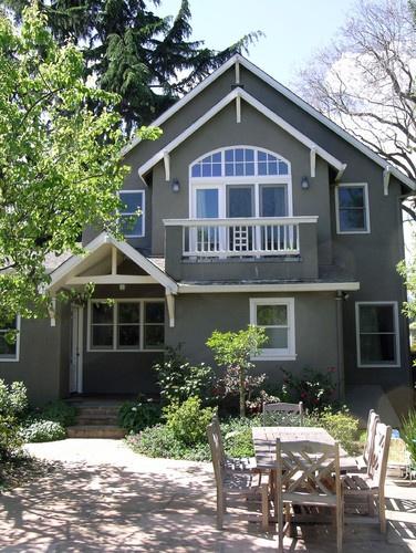 Exterior grey stucco white trim for the home - White house gray trim ...
