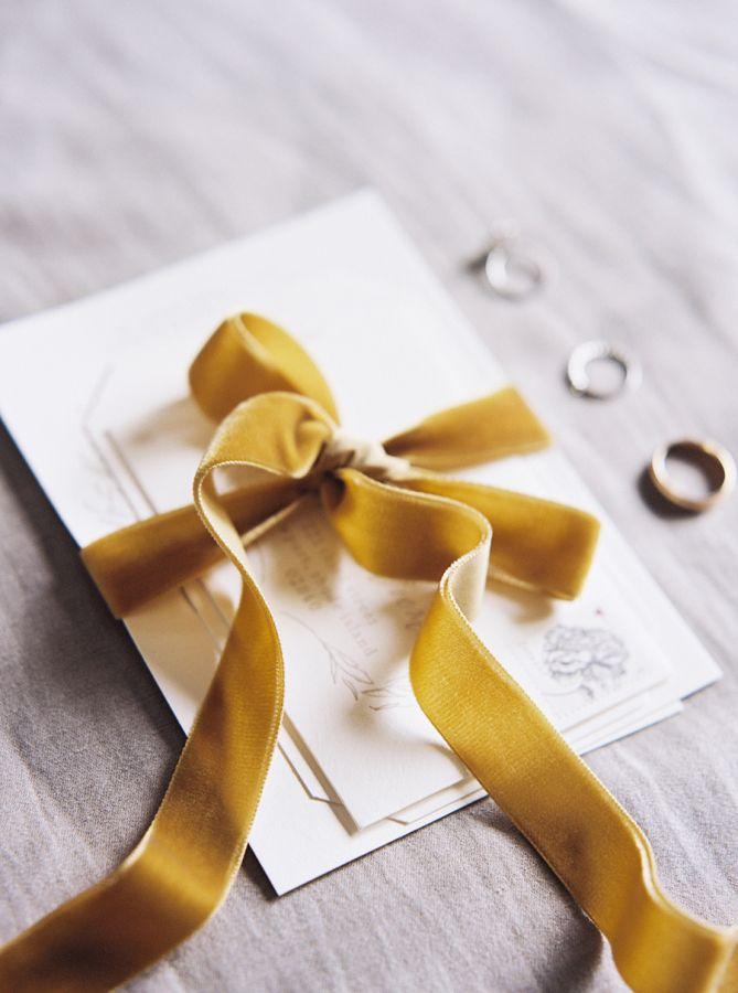 Velvet ribbon tied invitation suite: http://www.stylemepretty.com/2016/01/06/black-tie-garden-party-wedding/ | Photography: Sally Pinera - http://sallypinera.com/