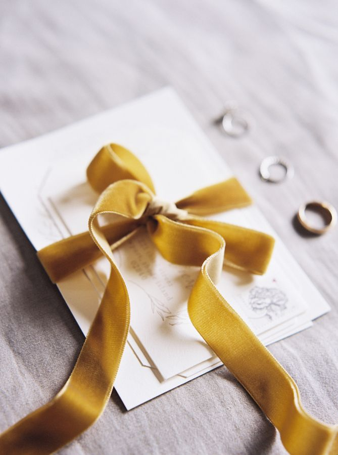 Velvet ribbon tied invitation suite: http://www.stylemepretty.com/2016/01/06/black-tie-garden-party-wedding/ | Photography: Sally Pinera - http://sallypinera.com/