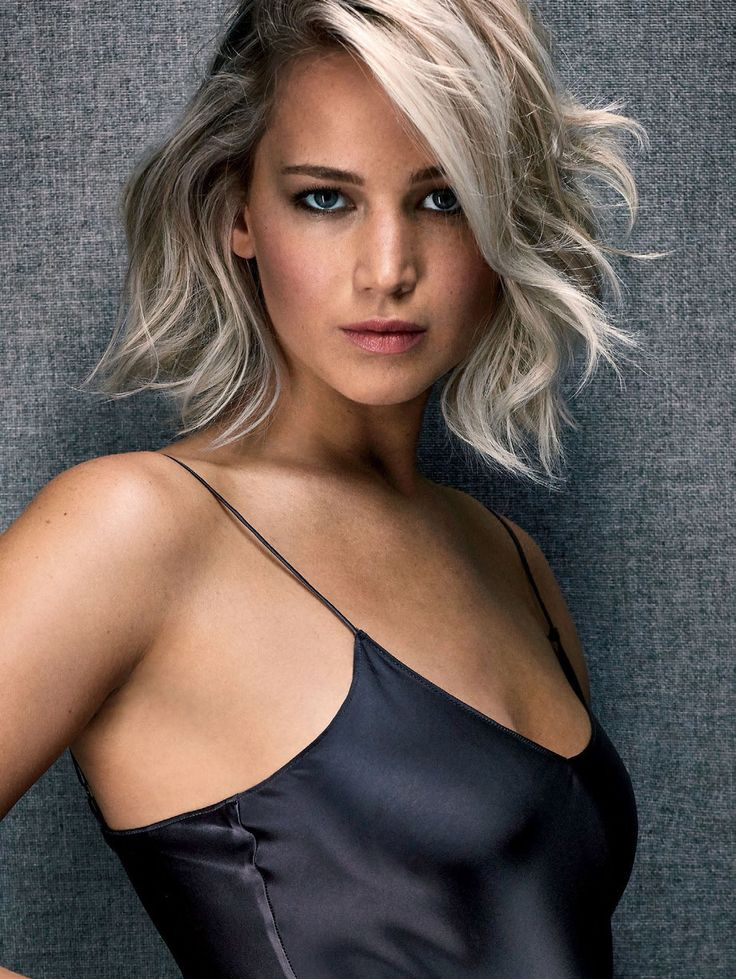 Jennifer Lawrence love the silvery blonde colour and choppy cut.