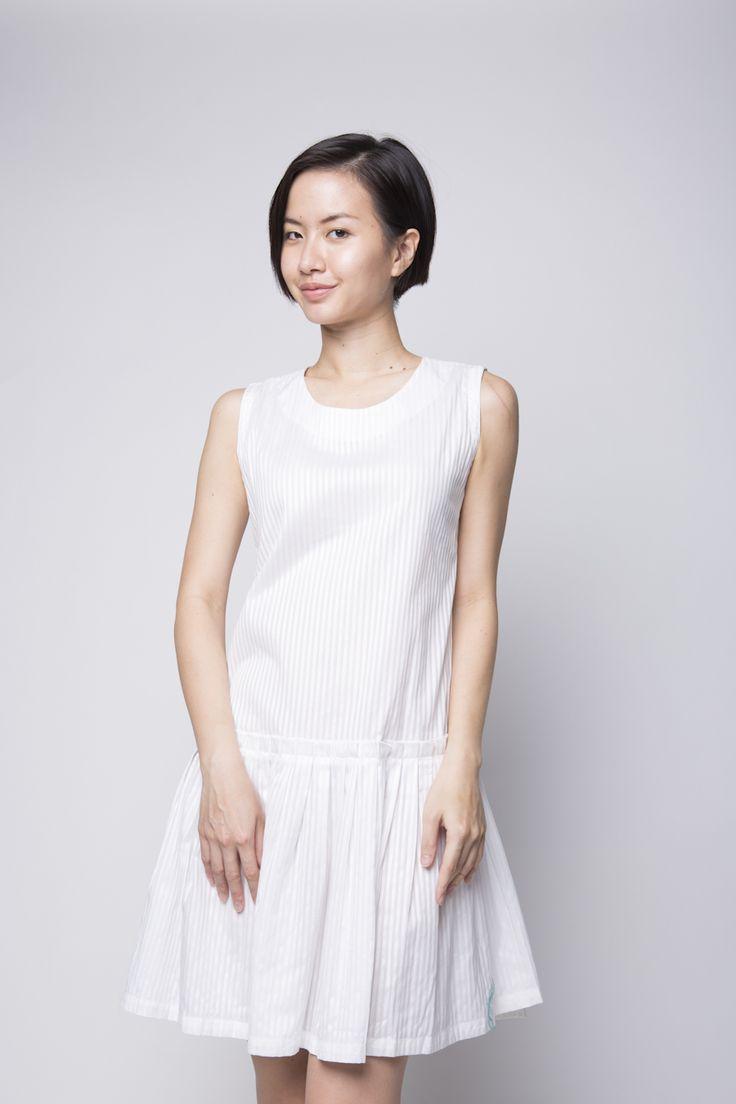 Peony White | IDR 172.500