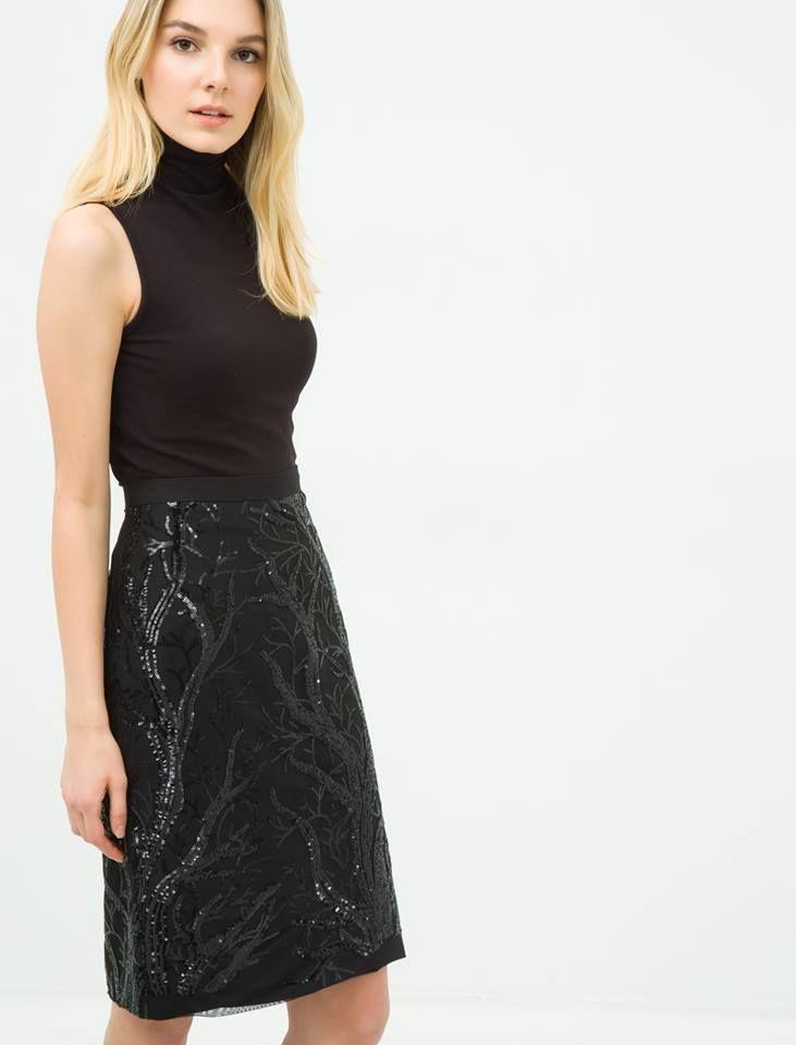00e4fe09bbde2 RE Armitage adlı kullanıcının YERLİ GİYİM MARKALARI panosundaki Pin |  Fashion, Skirts ve Lace skirt