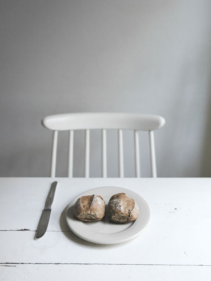 Still Life | baked goods . Backwaren . pâtisseries | Food. Art + Style. Photography @ Wolfgang Ludwig |
