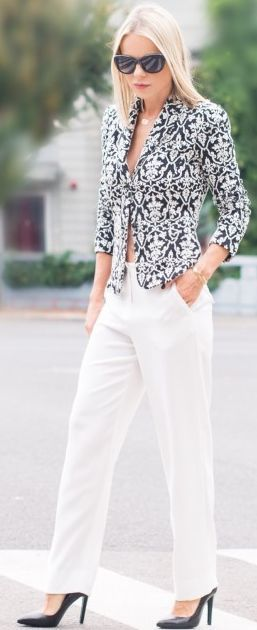 Catalina Grama Baroque Print Chic Blazer White Pant Fall Inspo #Fashionistas women fashion outfit clothing style apparel @roressclothes closet ideas