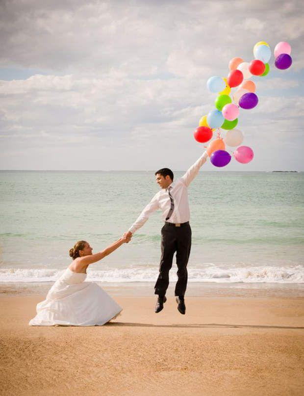 Trompe l'oeilPas besoin de la mer en toile de fond ni que le marié ait une détente olympique. Une mise en scène qui marche à tous les coups!