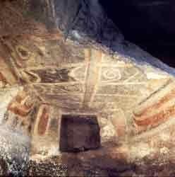 Thiesi, Domus de janas dipinta di Mandra Antine,  neolitico recente IV - III millennio A.C. Sardegna